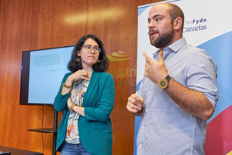 MJC AMBIENTAL nace de la unión del esfuerzo y la vocación de dos profesionales de las Ciencias de la Vida: Marila S. Mederos, Licenciada en Ciencias Ambientales y Juan Carlos Jiménez Cabrera, Licenciado en Biología.